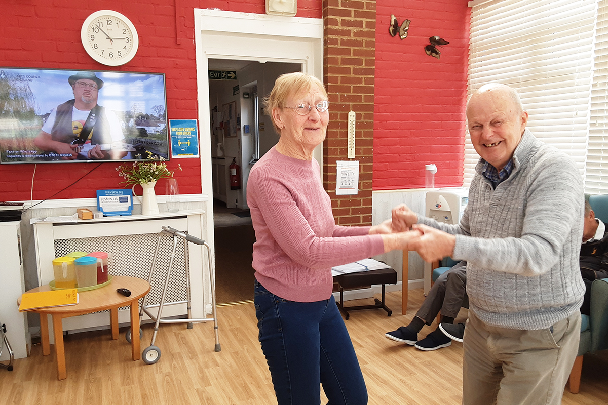 Tunes and tributes from Rob T at Woodstock Residential Care Home