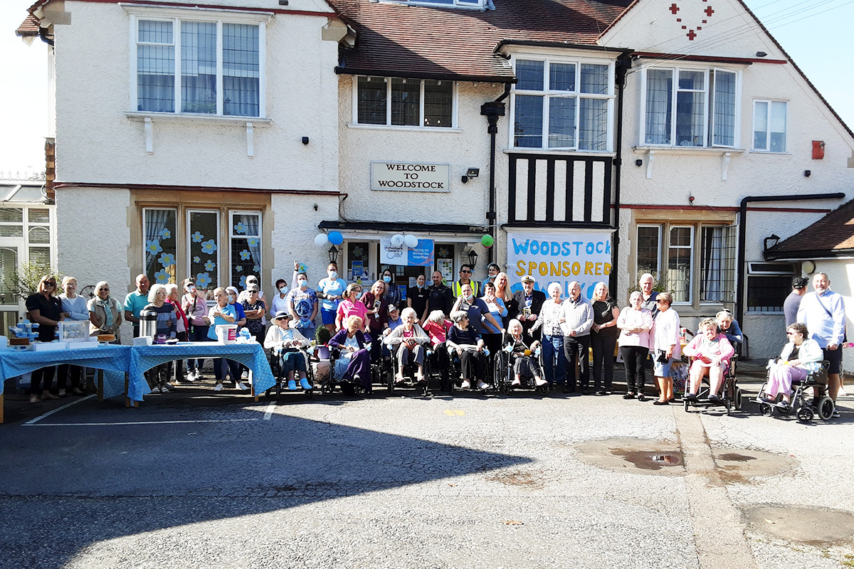 National Alzheimers Day sponsored walk at Woodstock Residential Care Home