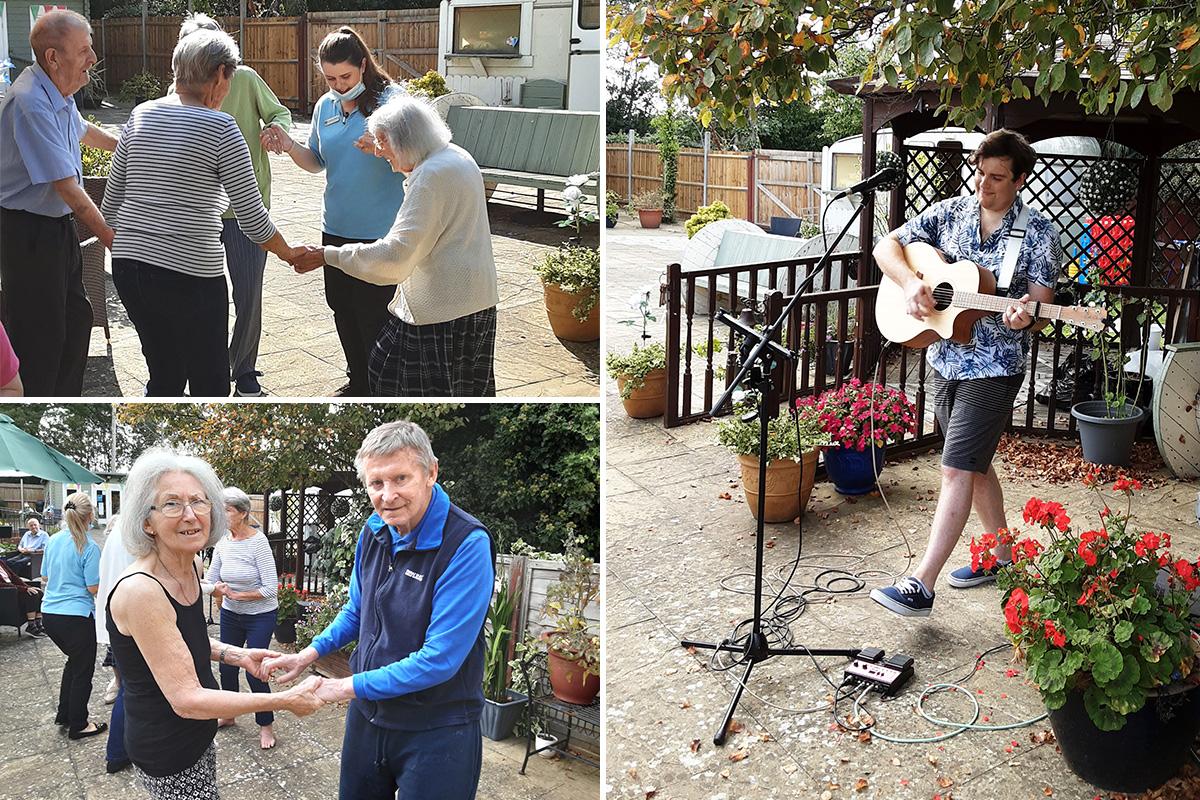 Singer Fred Clark returns to Woodstock Residential Care Home